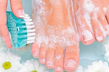 She Rubbed Her Legs with Baking Soda every Day for 2 Weeks: This Happened
