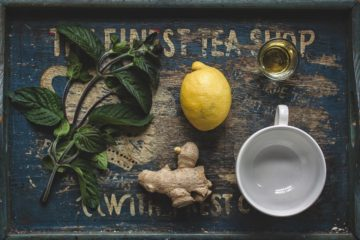 4 All-Natural Detox Tea Recipes to Cleanse the Body & Mind