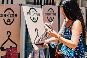 Street Stores Offering Free Clothes to Homeless Are Appearing Worldwide