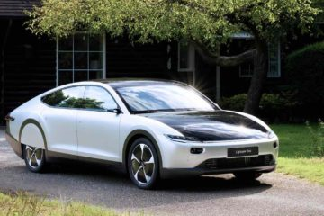 Dutch Company Launches Electric Car that Charges from the Sun
