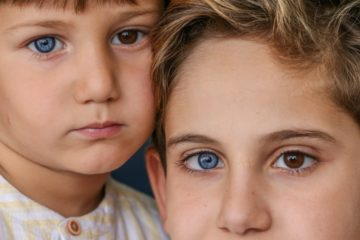Brothers Born with Differently Coloured Eyes: Each One Has One Blue & One Brown Eye