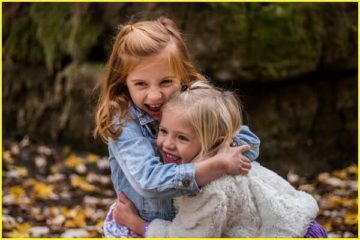10 Amazing Reasons Why People with Older Sisters Are Blessed in Life