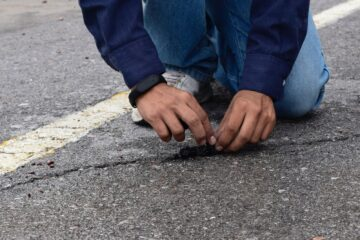 Mexican Wins James Dyson Award for His Creation: A Self-Regenerating Rubber Pavement