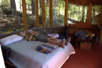 87-Year-Old Widower Has Lived 50 Years Off-Grid on 400 Acres of Redwood Forest