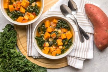 How to Make Healing & Warm Kale Soup