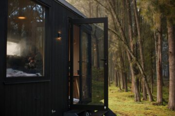 This Off-Grid Eco Cabin in Australia Has all You Need