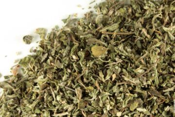 Damiana Herb: Lowers Stress & Elevates Your Sexual Drive