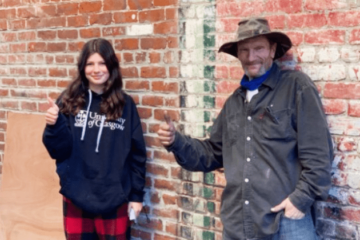 A Girl Collects $30K in Donations & Gives them to a Homeless Man Who Returned Her Grandma's lost Wallet