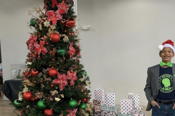 13-Year-Old Boy from Texas Raises $6,000 to Purchase Christmas Gifts for Homeless Shelter Children