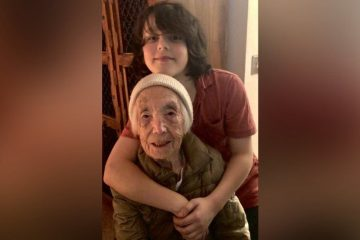 This 110-Year-Old Became a Signing Sensation on Social Media Thanks to Her Great Grandson
