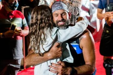 Amazing Dad with Terminal Cancer Completes a Race Dressed Up as Ironman to Inspire His 7-Year-Old Daughter