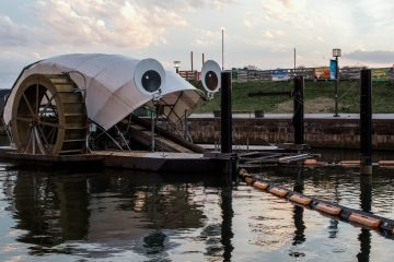 """Meet """"Mr. Trash Wheel"""": It Gobbles up to 15 Tons of Trash Daily from Harbors"""