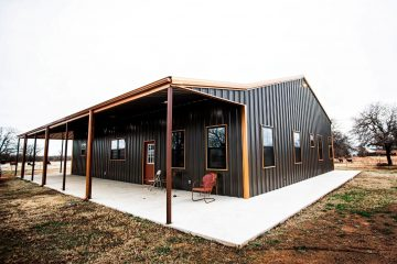 People Are Obsessed with Barndominiums & Here's Why