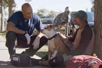 Meet the Loving Vet Who Gives Free Medical Care to Pets of Homeless People