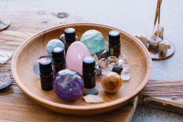 Dealing with Anxiety? -Relieve It Naturally Using some of these 5 Essential Oils